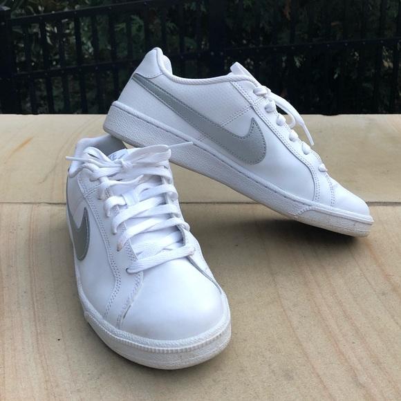 NIKE Court Royale Sneakers EUC